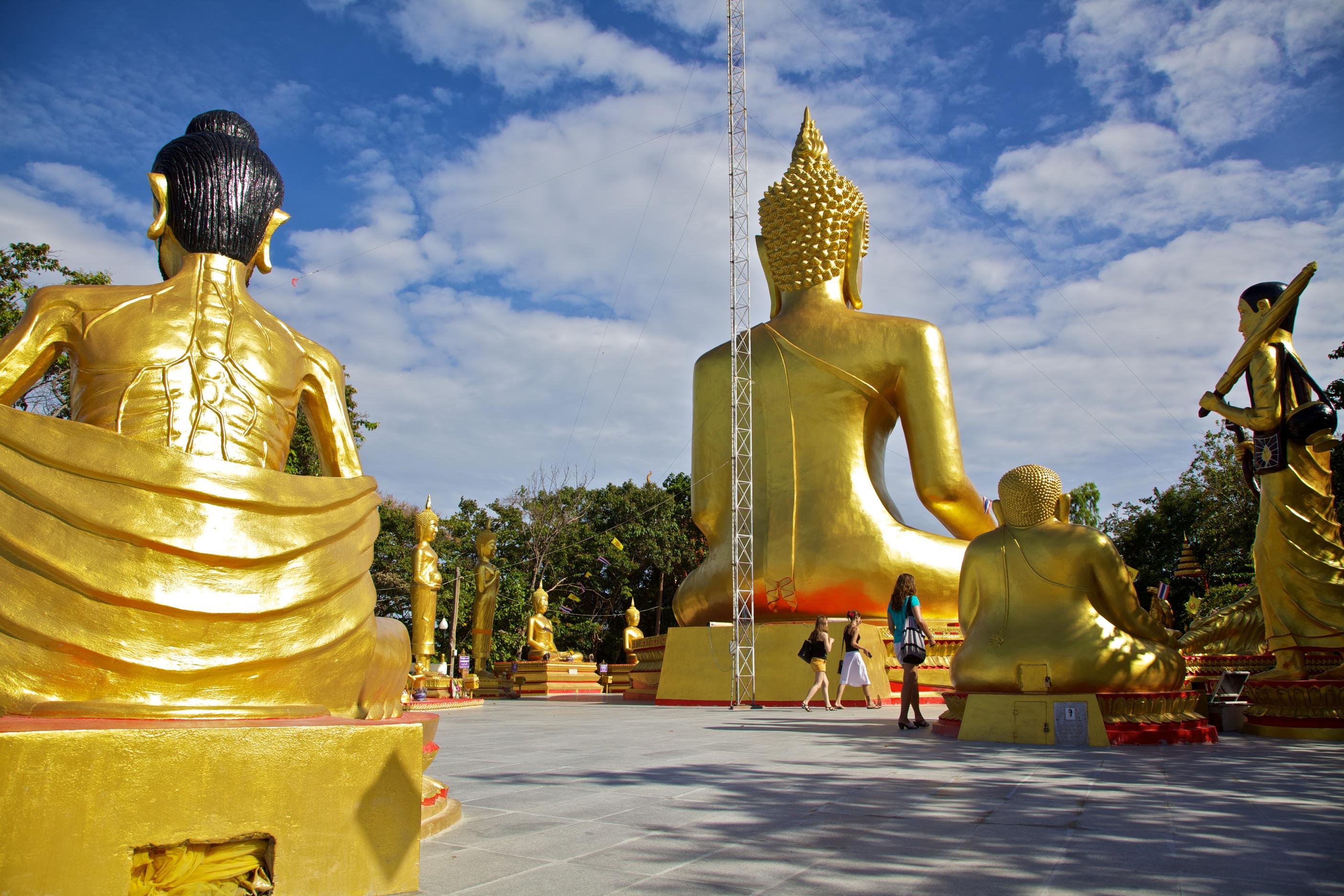 создания подобного статуя будды в паттайе фото купить мебель старой