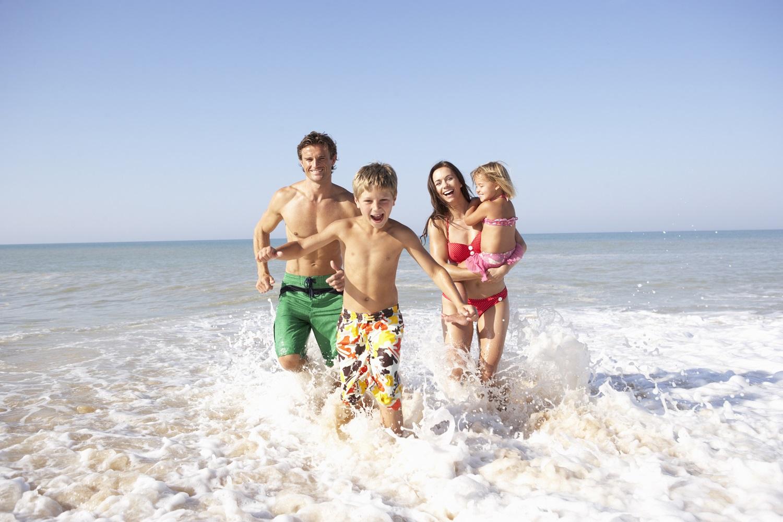 Пляжный отдых с детьми зимой